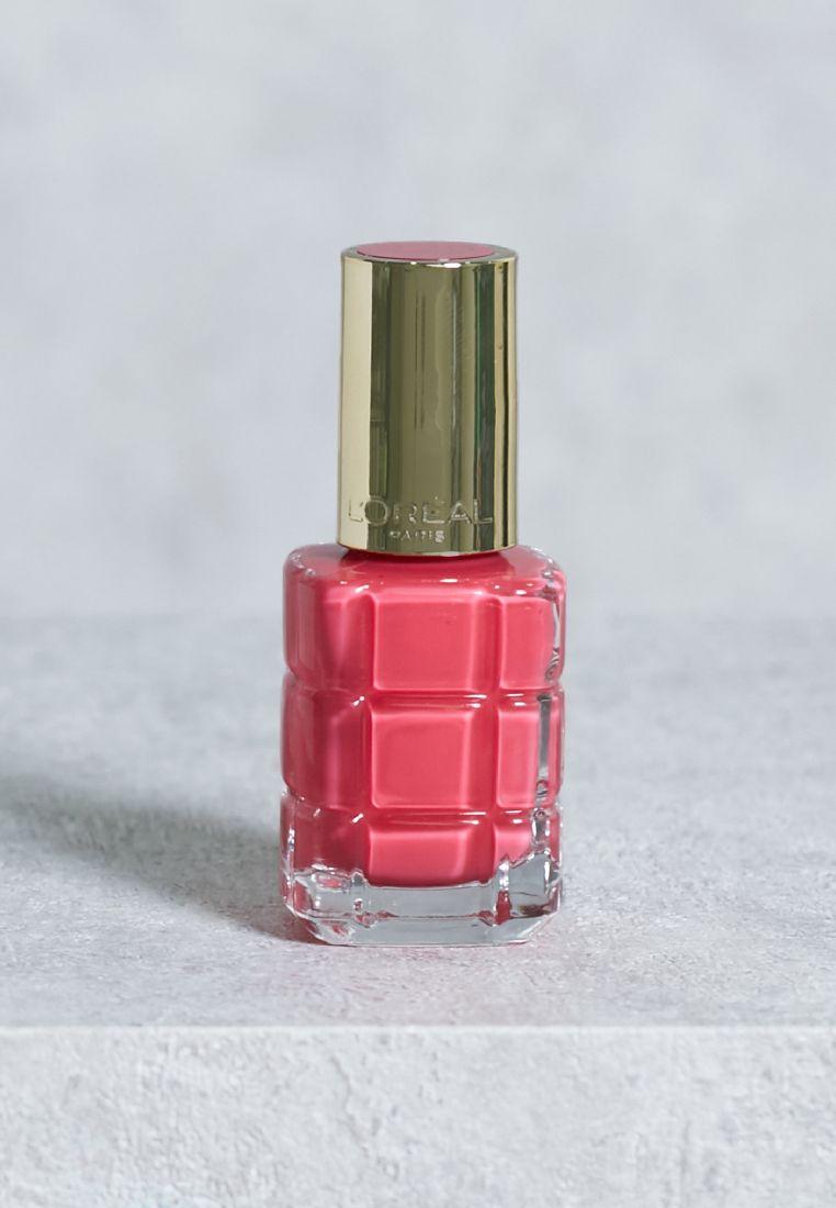 Color Riche Nail Polish