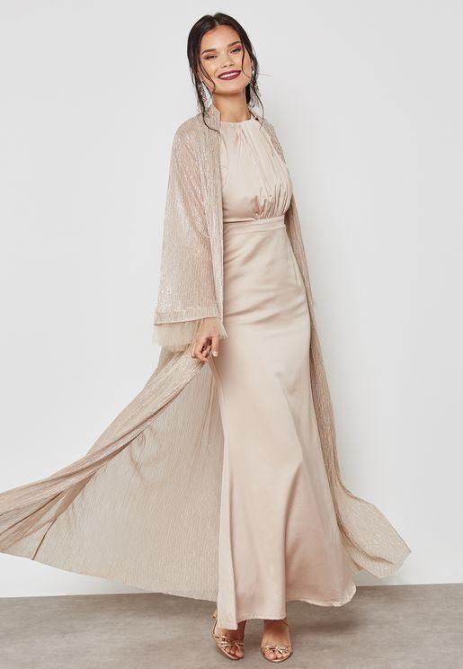 فستان مع كيب ميتاليك