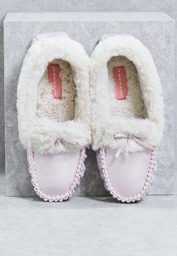 حذاء مريح لغرفة النوم