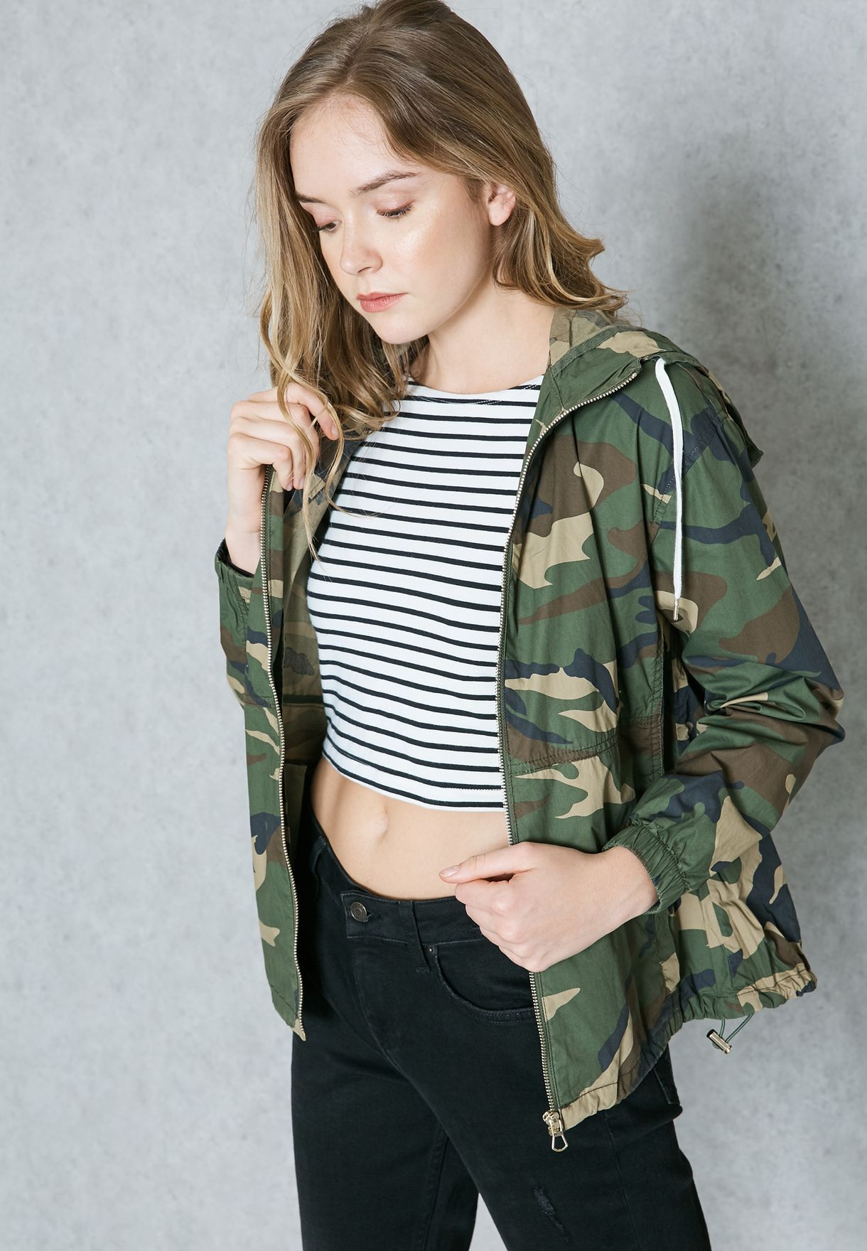68244157a2341 Shop Forever 21 Camo Hooded Jacket 190838 for Women in Oman ...