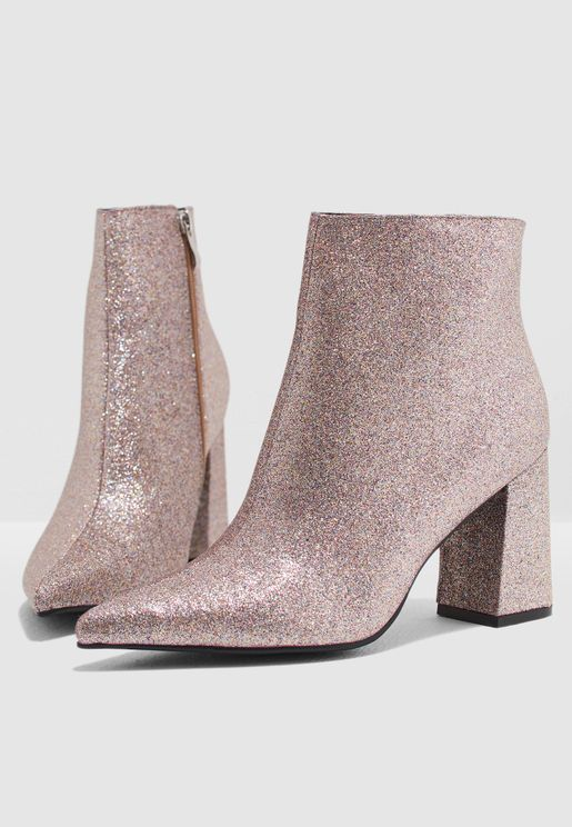 Round Heel Ankle Boot