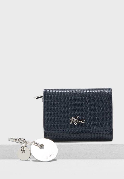 محفظة صغيرة بثلاث طيات