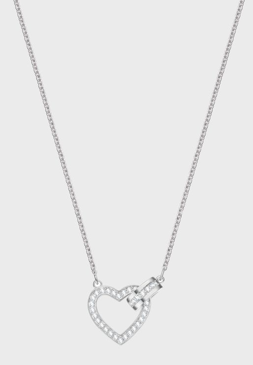 Lovely Necklace With Pendant