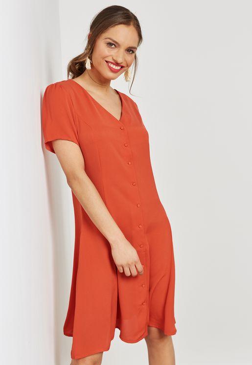 فستان سكاتر بأزرار