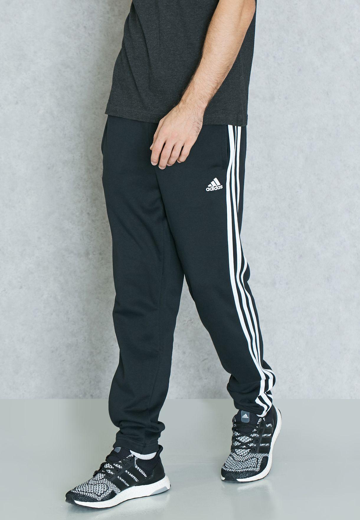 ampliar Norteamérica carrera  Buy adidas black Essential 3 Stripe Sweatpants for Men in MENA, Worldwide    BK7446