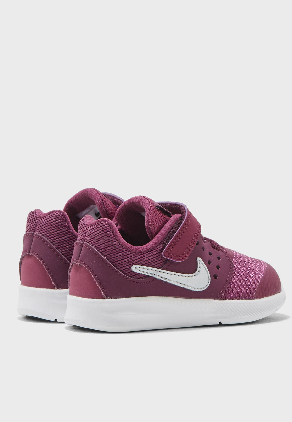 2caaee71235 Shop Nike burgundy Downshifter 7 Infant 869971-601 for Kids in UAE ...
