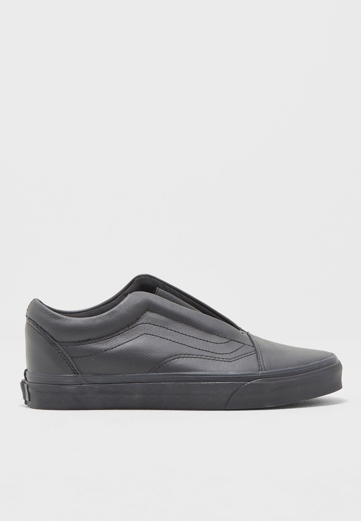 Shop Vans black Old Skool Laceless DX Slip Ons DPCL3A for Women in Qatar -  VA088SH89WUC af8c61e4e