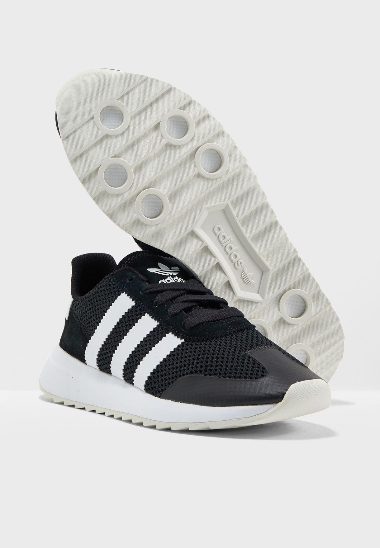 half off 9b0cc 260d9 adidas Originals. Flashback