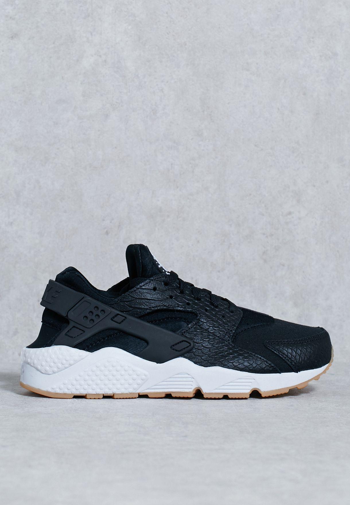 21cc0e93891 Shop Nike black Air Huarache Run SE 859429-005 for Women in Kuwait ...
