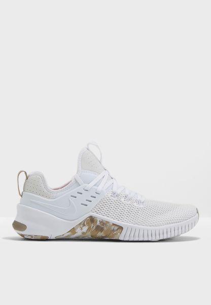 Shop Nike white Free Metcon AH8141-103 for Men in Globally - NI727SH89JYG