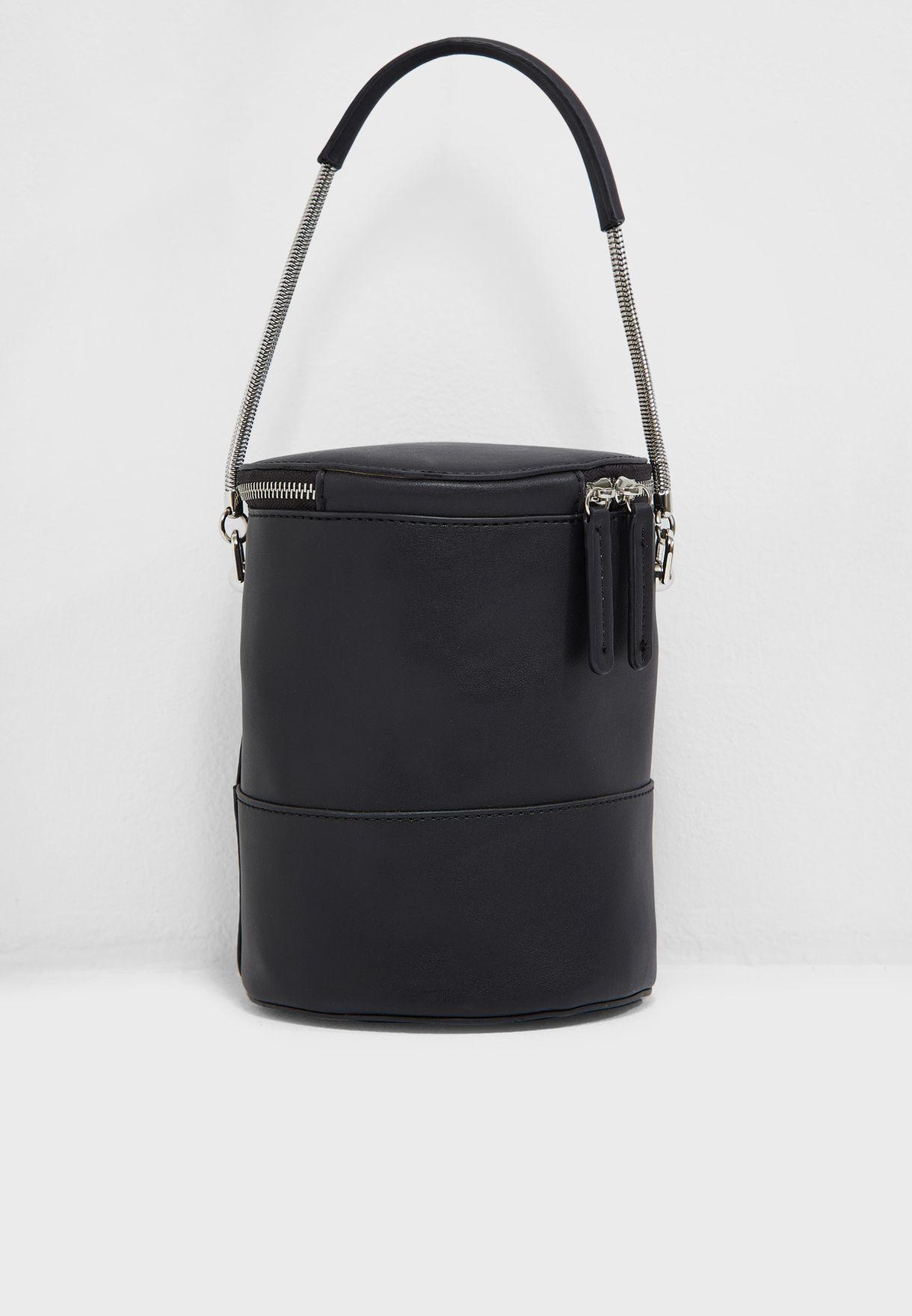 Shop Mango black Icecube Bucket Bag 33021051 for Women in Saudi ... 37d05558b7a51