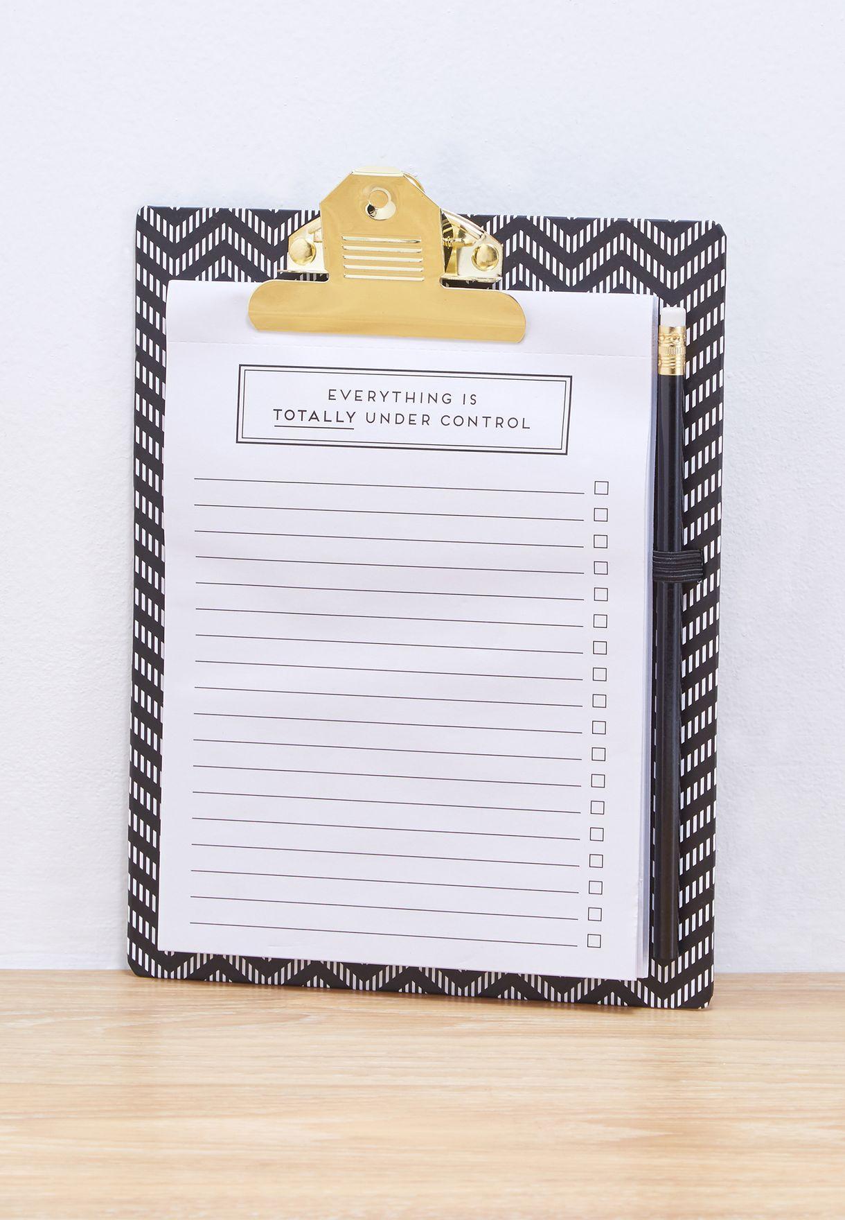 مجموعة من لوحة أوراق بمشبك, دفتر ملاحظات و قلم رصاص