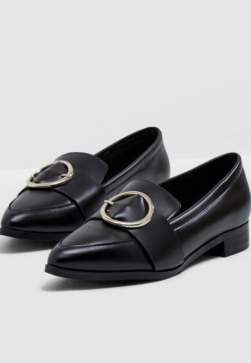 حذاء لوفر عصري