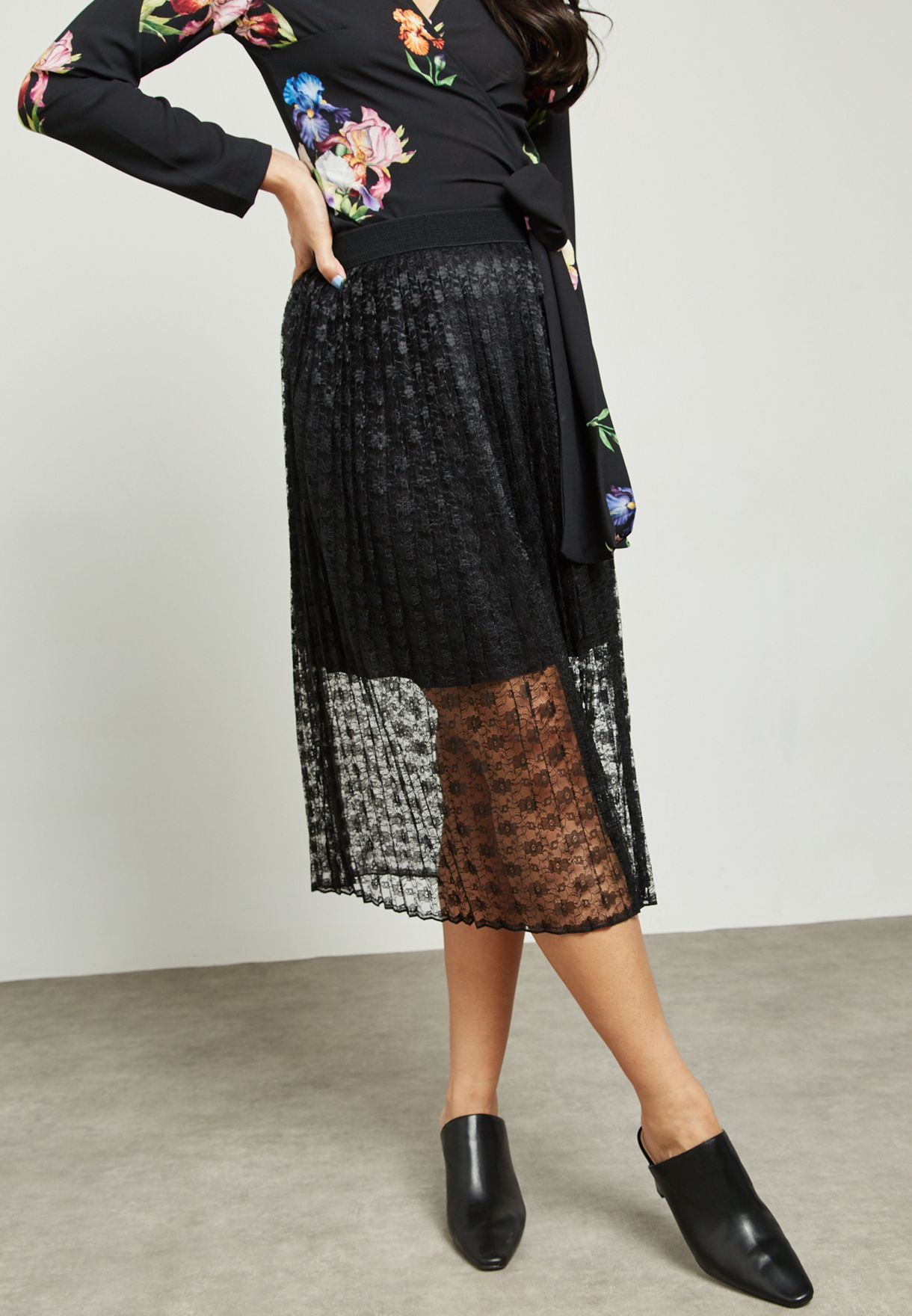 Pleated Lace Mesh Overlay Skirt