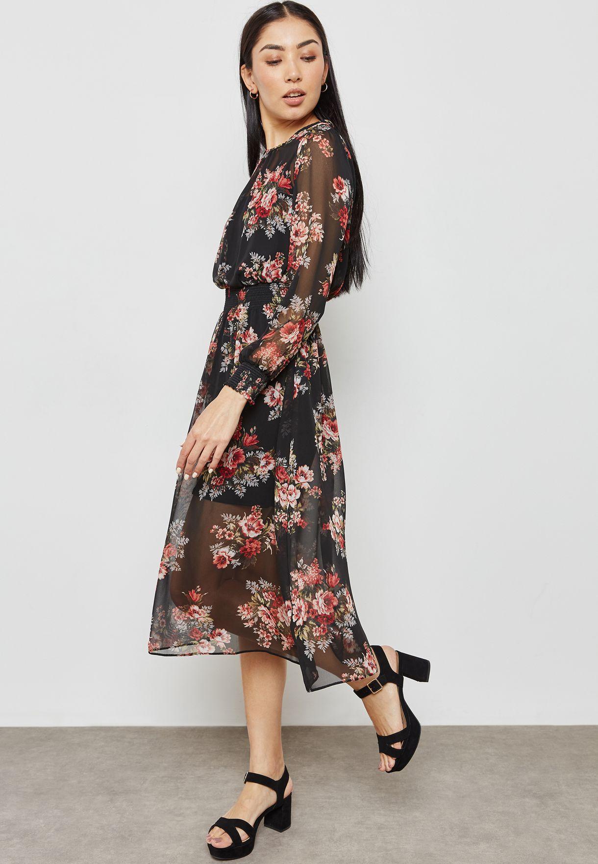 فستان بطبعات