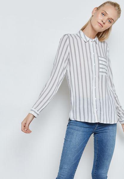 قميص بخطوط