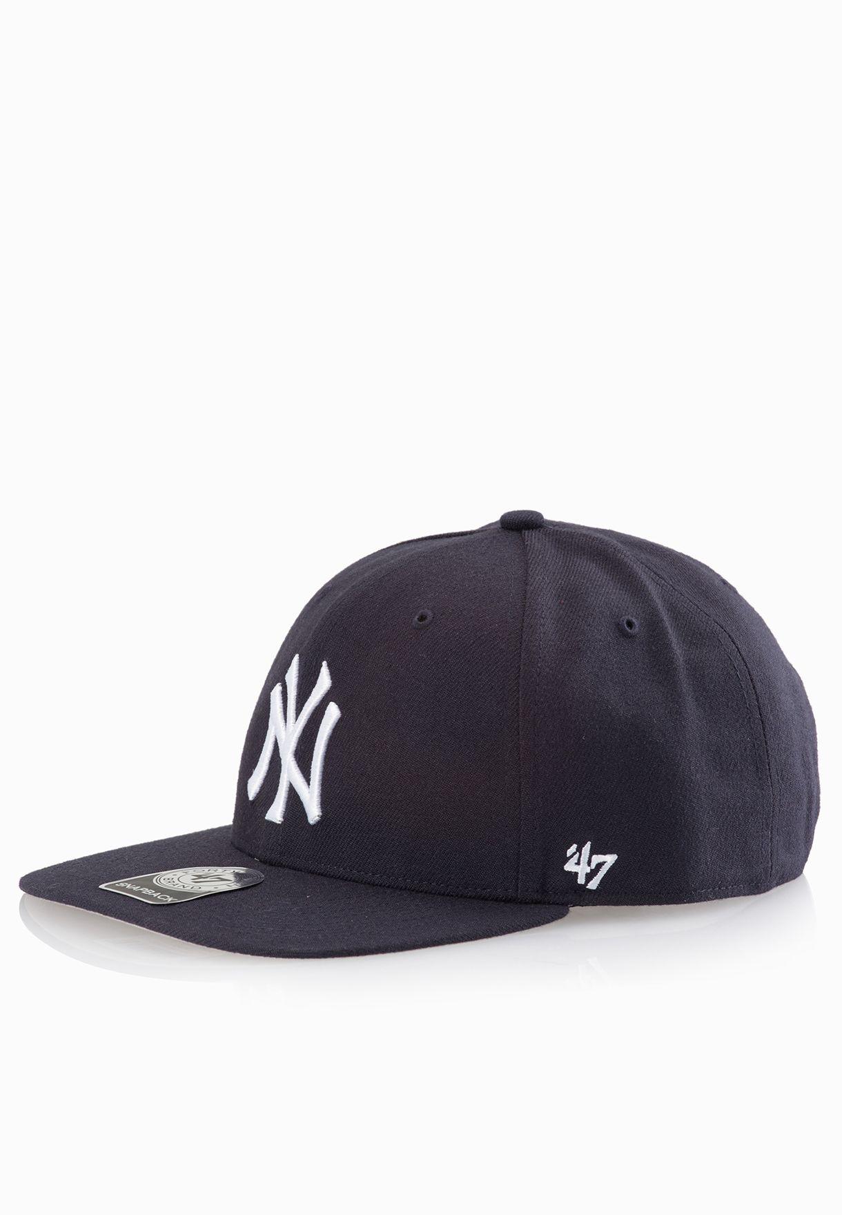 640ae3ea7c11 New York Yankees Sure Shot Captain Snapback