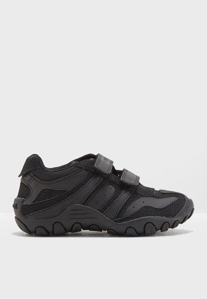 Youth Crush Sneaker