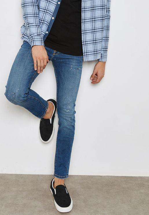 جينز بطبعات صغيرة