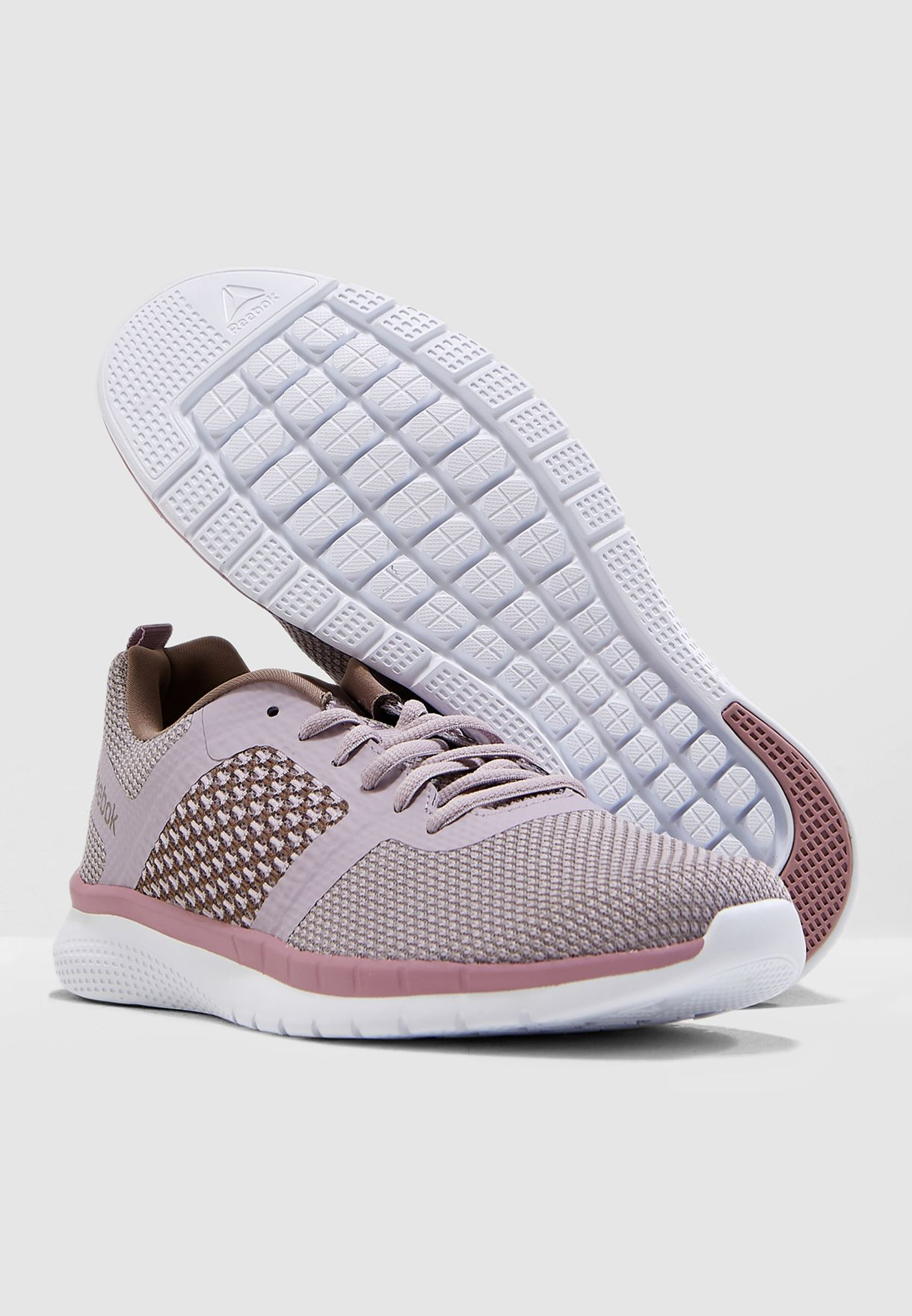 6185e3464 تسوق حذاء بي تي برايم رانر اف سي ماركة ريبوك لون أرجواني CN5680 في ...