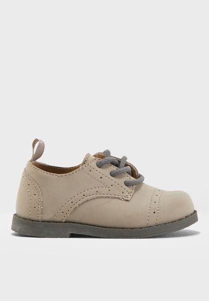 Kids Wing Tip Shoe