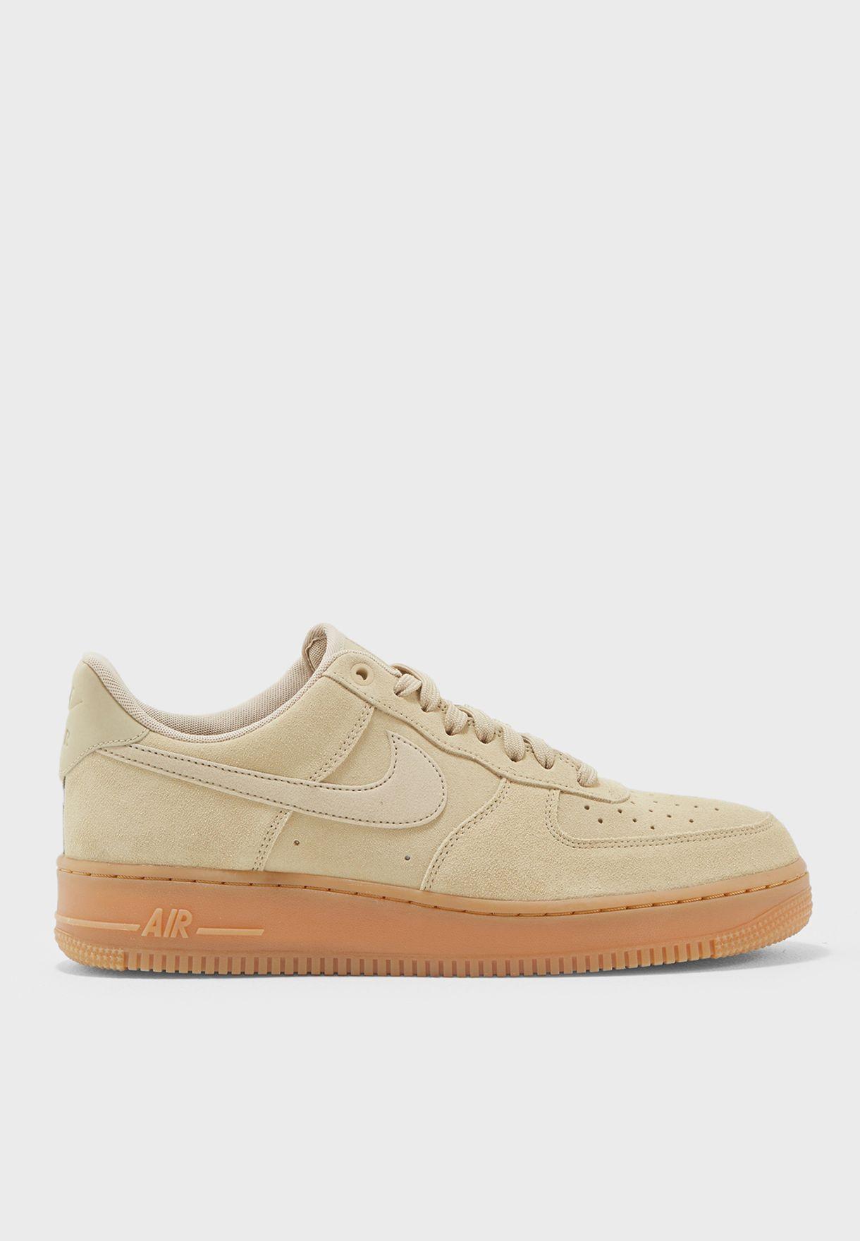 Buy Nike beige Air Force 1 \u0026#39;07 LV8