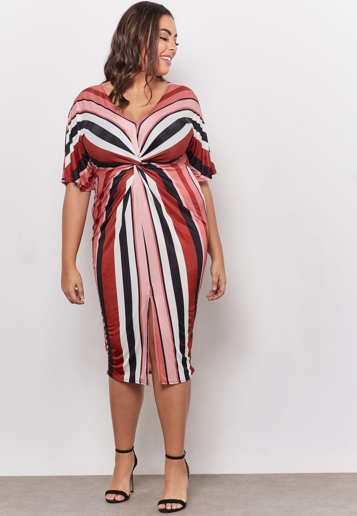 فستان بخطوط مع عقدة في الامام