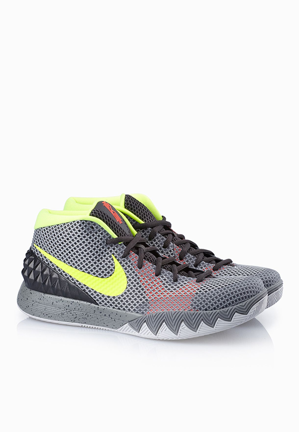 11566e595531 Shop Nike grey Kyrie 1 705277-270 for Men in UAE - NI727SH59FIU