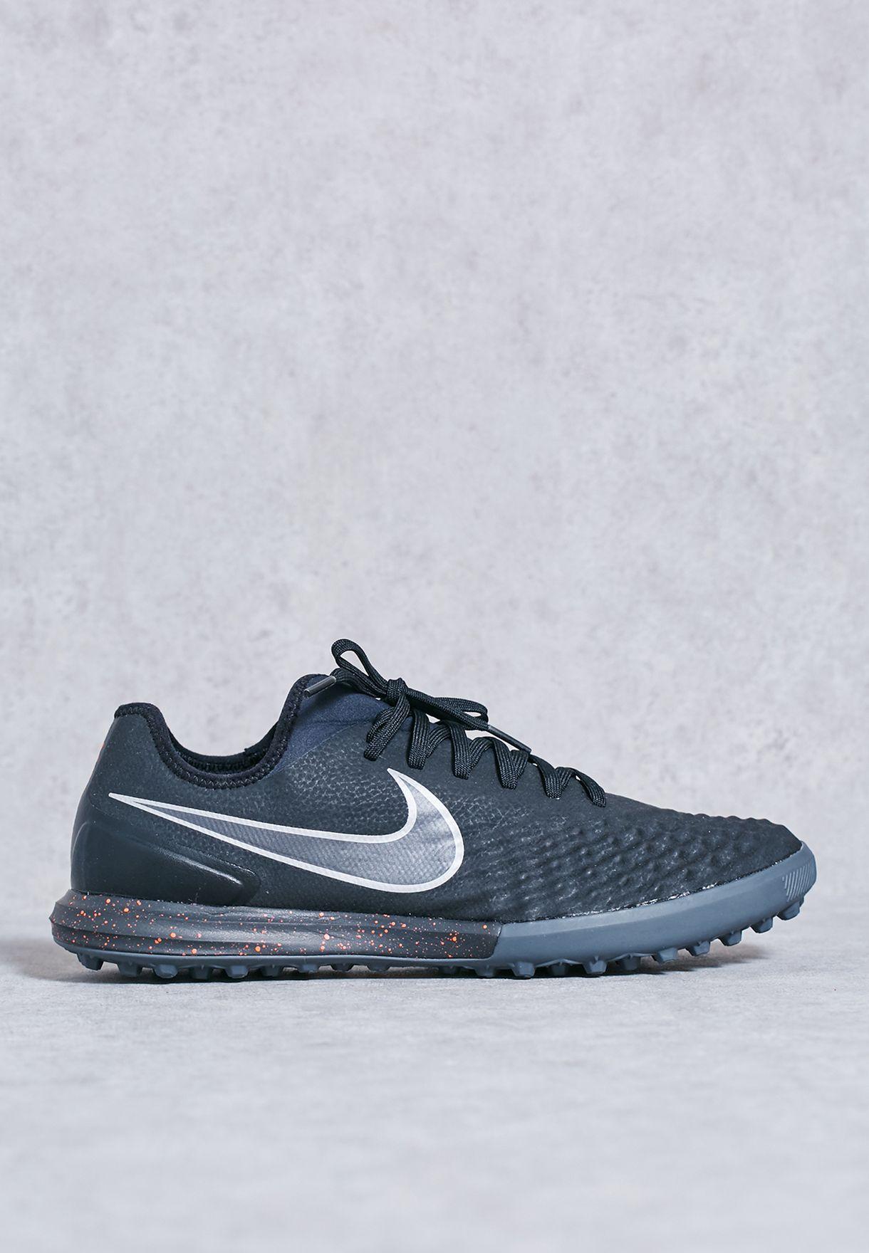 ed96df11b705 Shop Nike black Magistax Finale II TF 844446-008 for Men in UAE ...