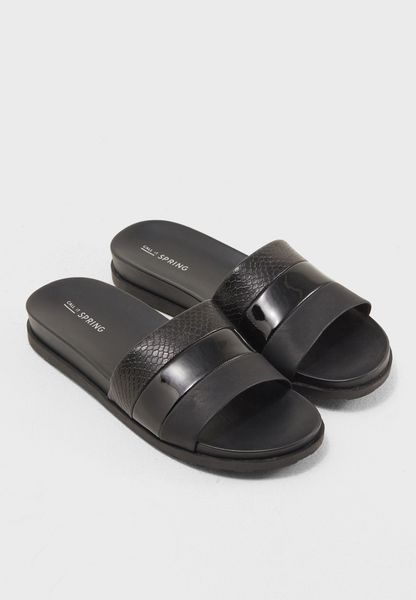 Lug Footbed Slide