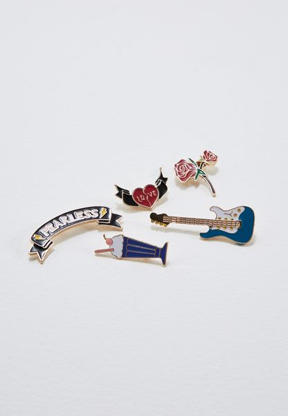 Guitar Brooch