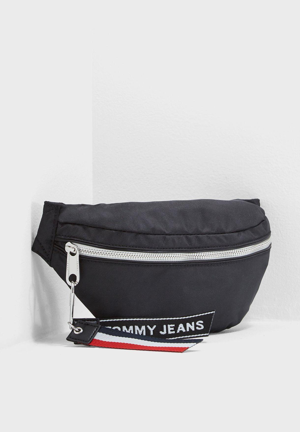 Shop Tommy Jeans black Tommy Jeans Logo Bumbag AU0AU00187 for Women ... cce0a7aca4