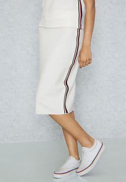Contrast Side Paneled Skirt