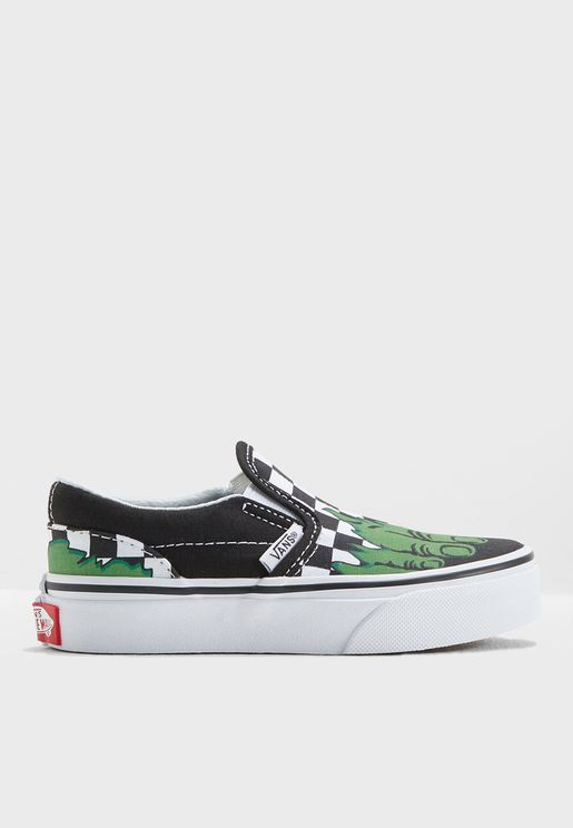 72f94473f0f048 Youth Marvel Slip Ons