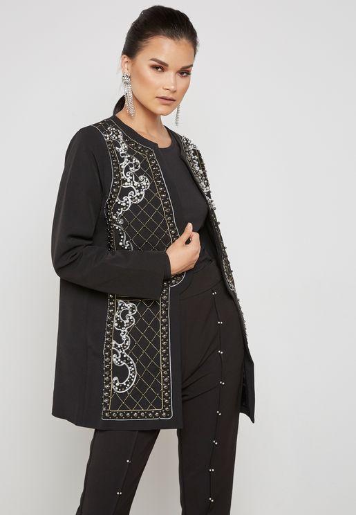 معطف مطرز