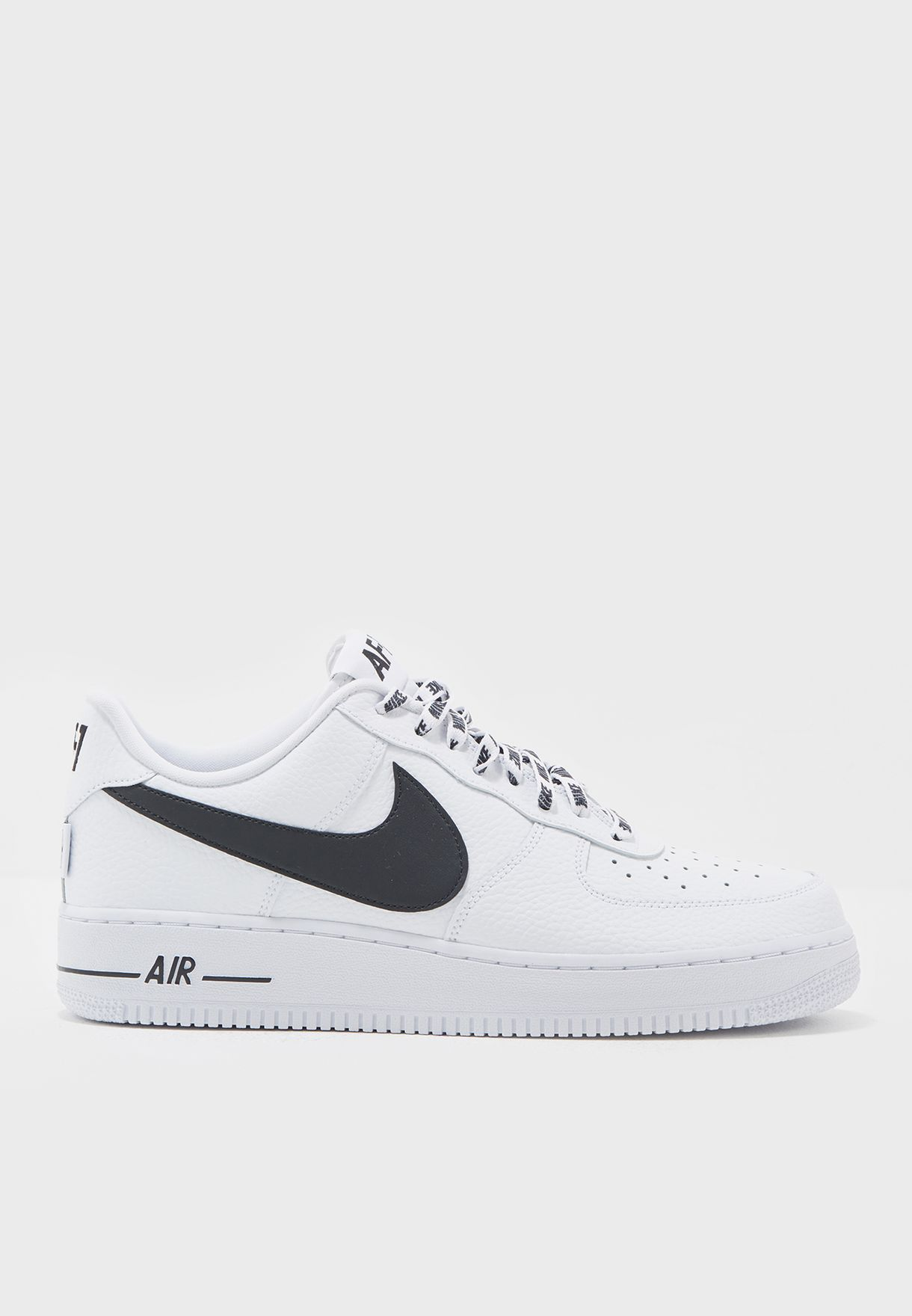 newest 57ba6 3db0e Air Force 1  07 LV8