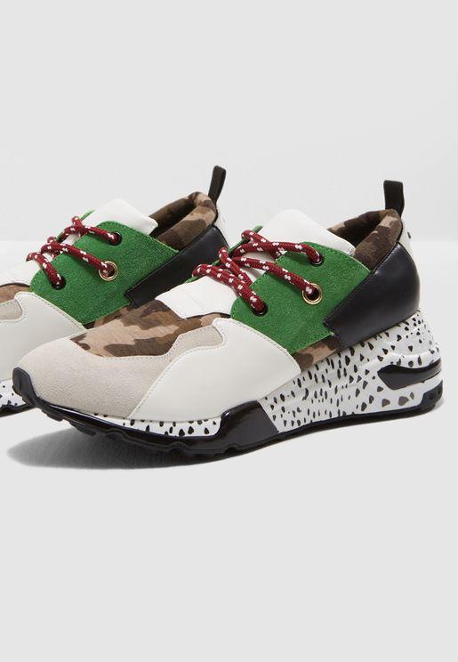 Cliff Low Top Sneaker
