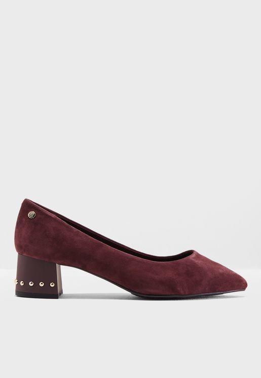 حذاء بكعب وسط مزين بدبابيس