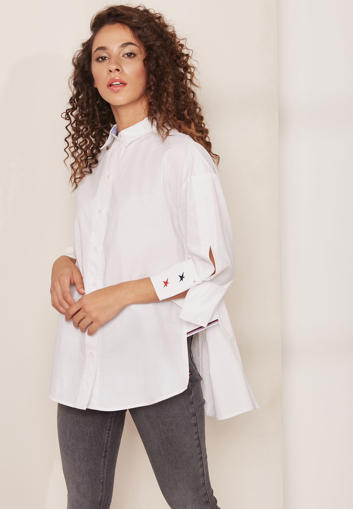 885f39e36b4 Shop Tommy Jeans white Oversized Shirt DW0DW04175 for Women in Oman ...