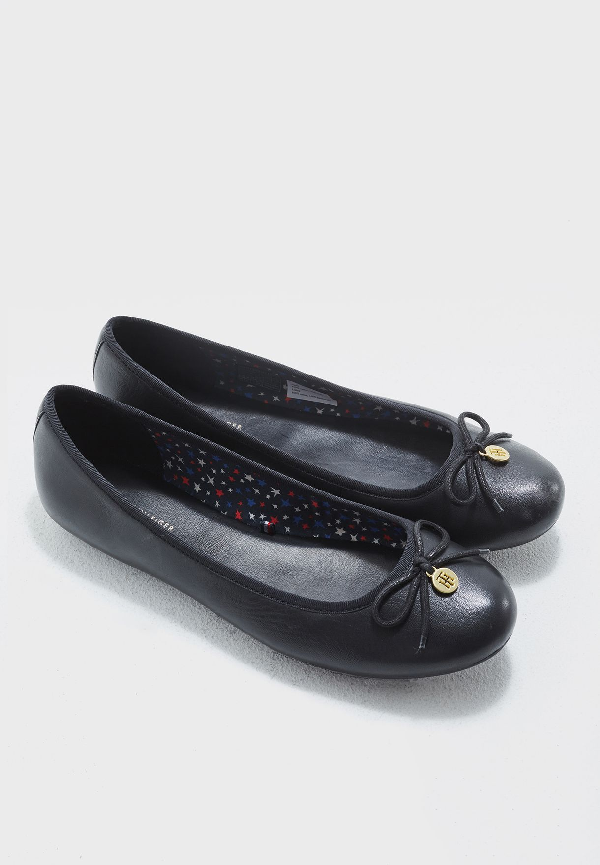 b1ebfd5c15d293 Shop Tommy Hilfiger black Flat Ballerinas FW0FW01823 for Women in Bahrain -  TO279SH39ZZS