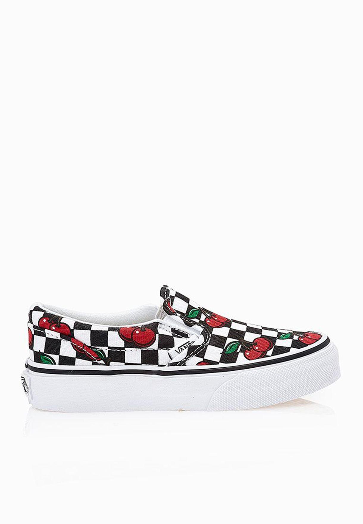 5266cf90f6 Shop Vans multicolor Classic Slip-On Kids VAFT-1SQGFY for Kids in ...