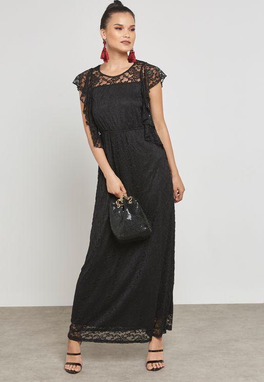 فستان دانتيل ببطانة