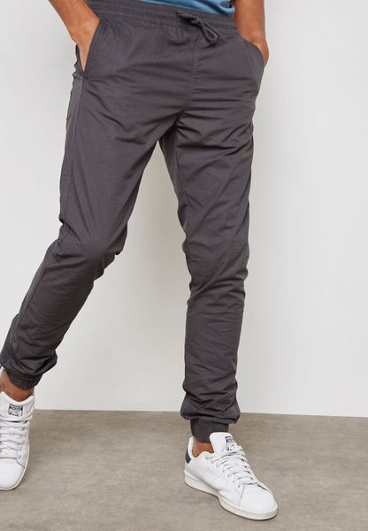 Akm Essential Cuffed Sweatpants