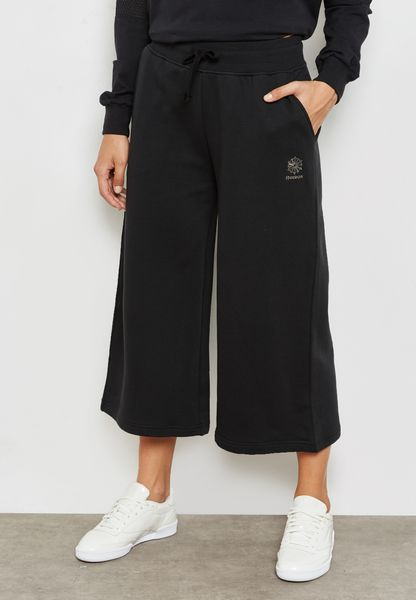 Elevated Foundation Cropped Pants