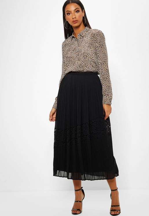 Lace Insert Pleated Skirt