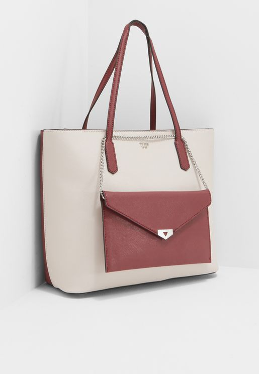 9f59122cba3 Guess Fashion Outlet Bags for Women   Online Shopping at Namshi UAE