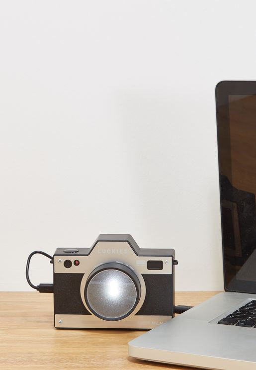 Retro Style Camera With Light Up Lens