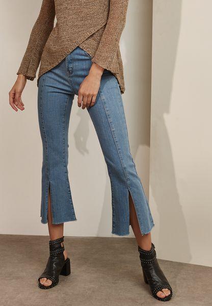 Front Slit Crop Jeans