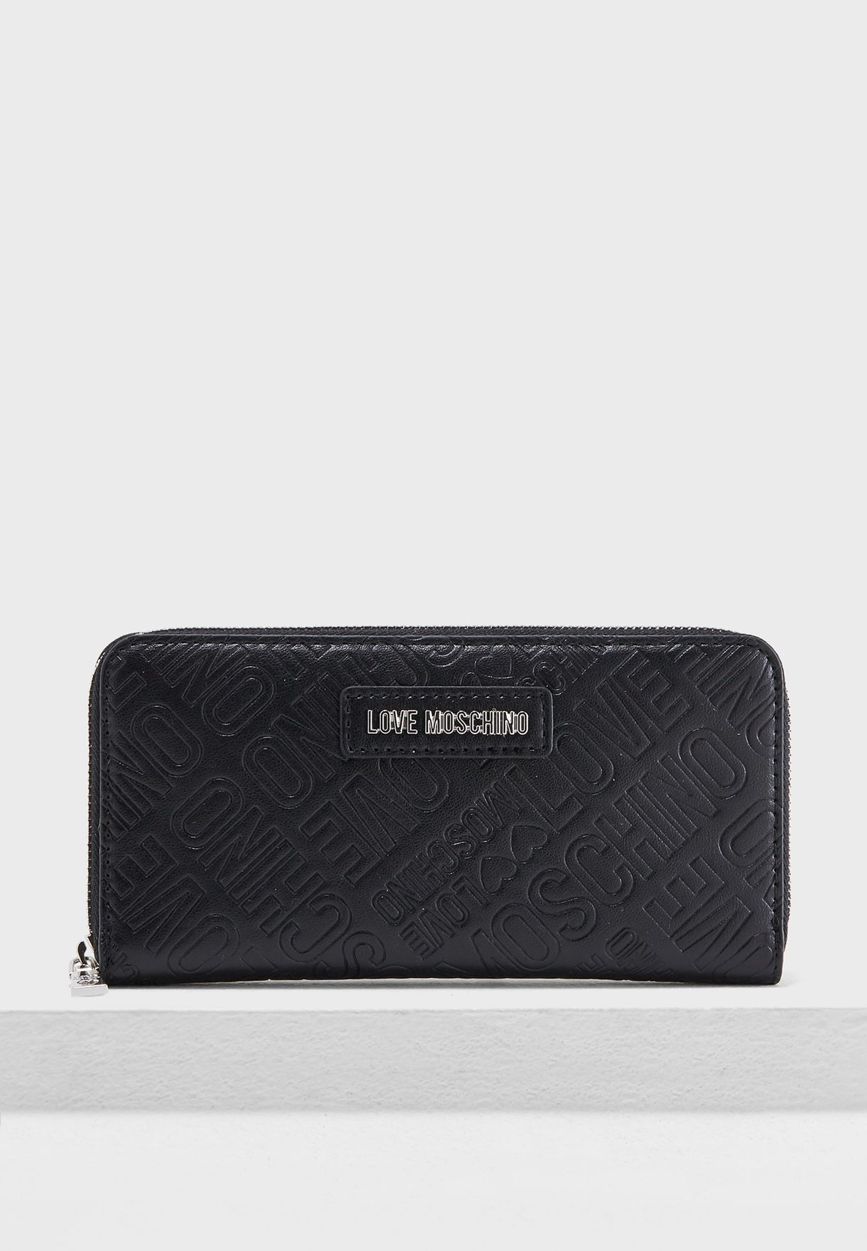 ce0c4d17f83d Shop Love Moschino black Quilted Zip Around Purse JC5522PP16LE0000 ...
