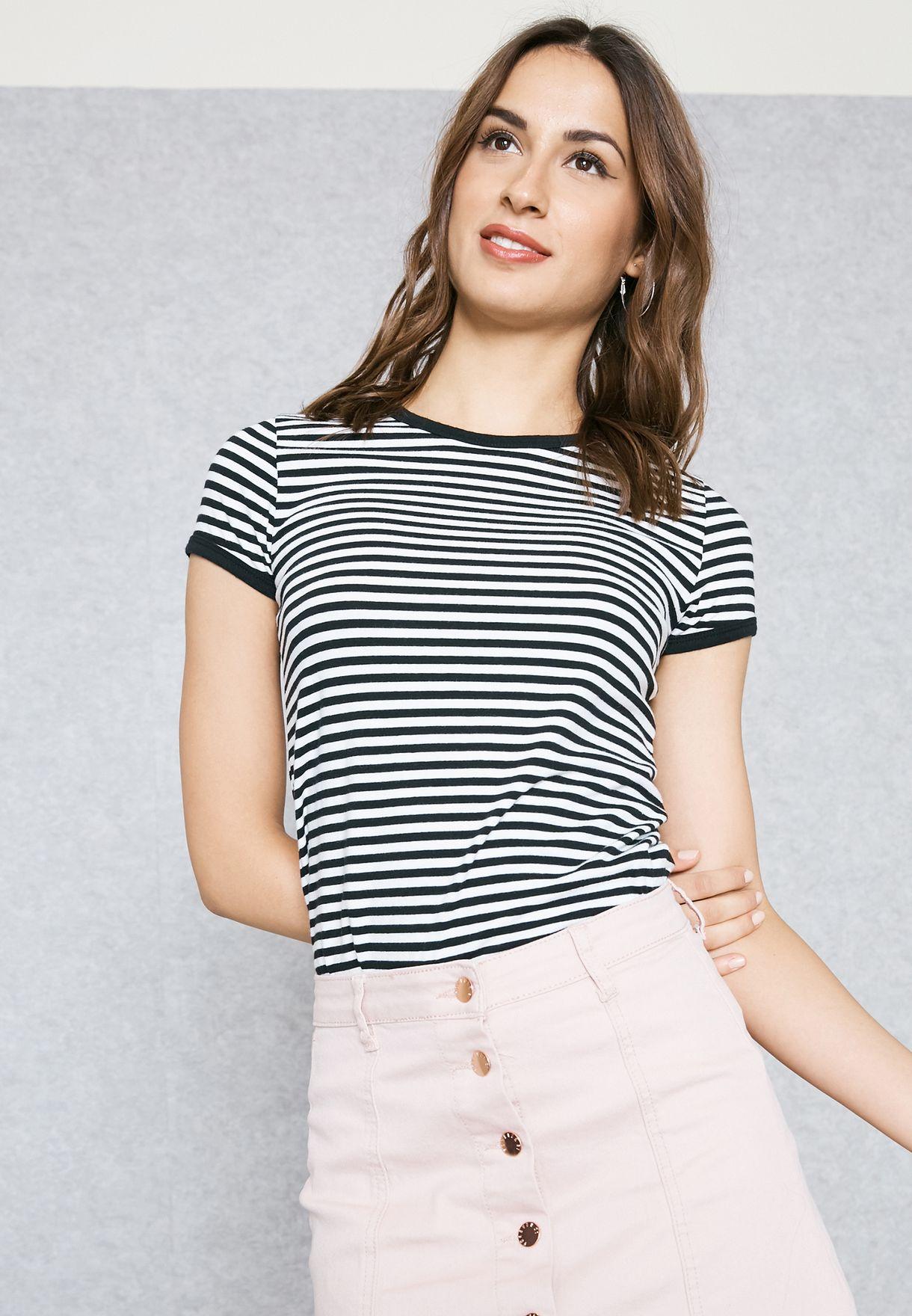 a8979a4fffb Shop Forever 21 stripes Striped T-Shirt 199693 for Women in Qatar ...